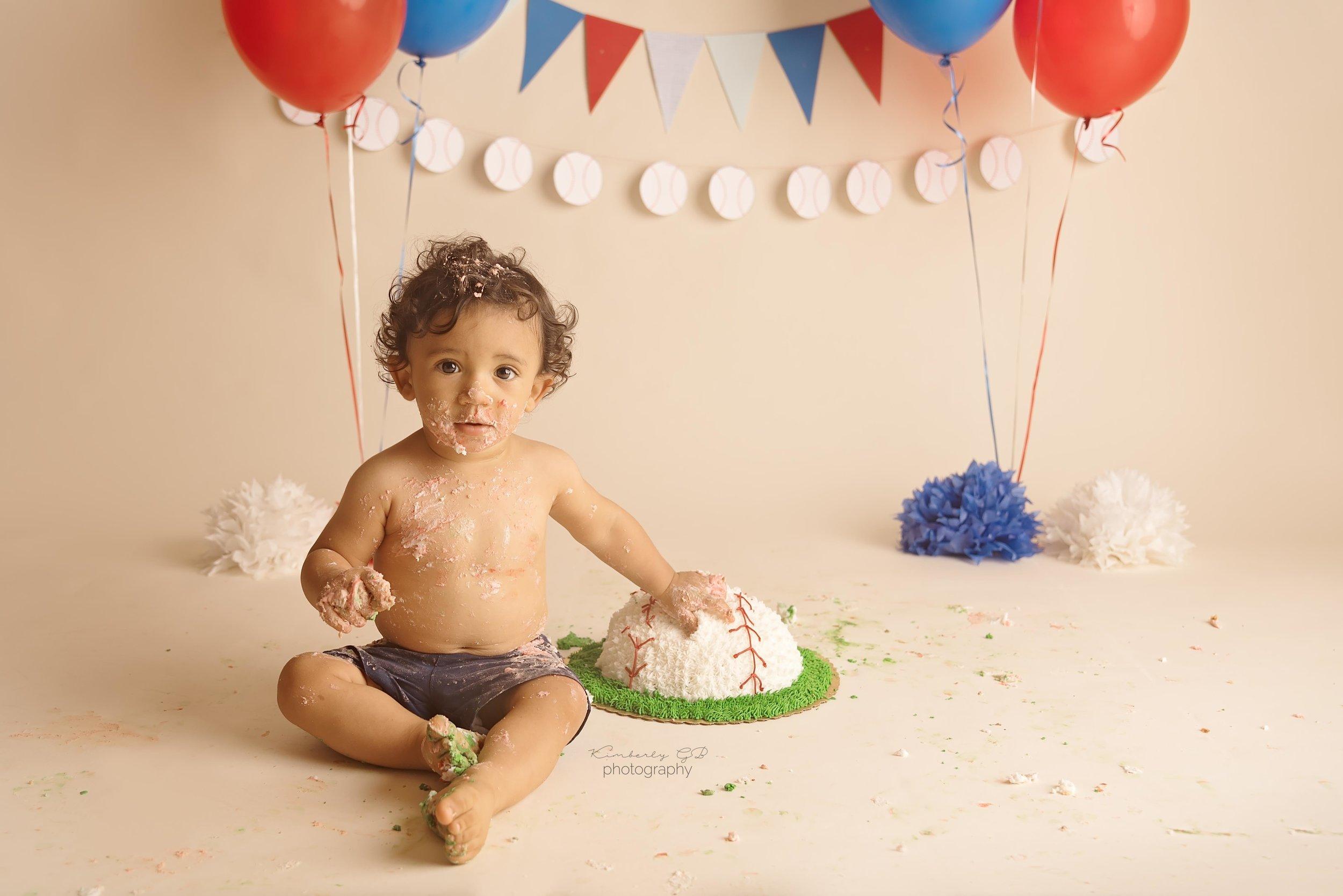 fotografia-de-ninos-primer-ano-anito-cake-smash-bizcocho-en-puerto-rico-kimberly-gb-photography-fotografa-42.jpg