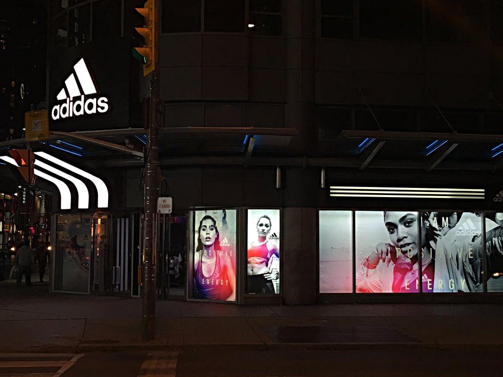 Park+Creative+-+adidas+Toronto+-+Store+Windows.jpg