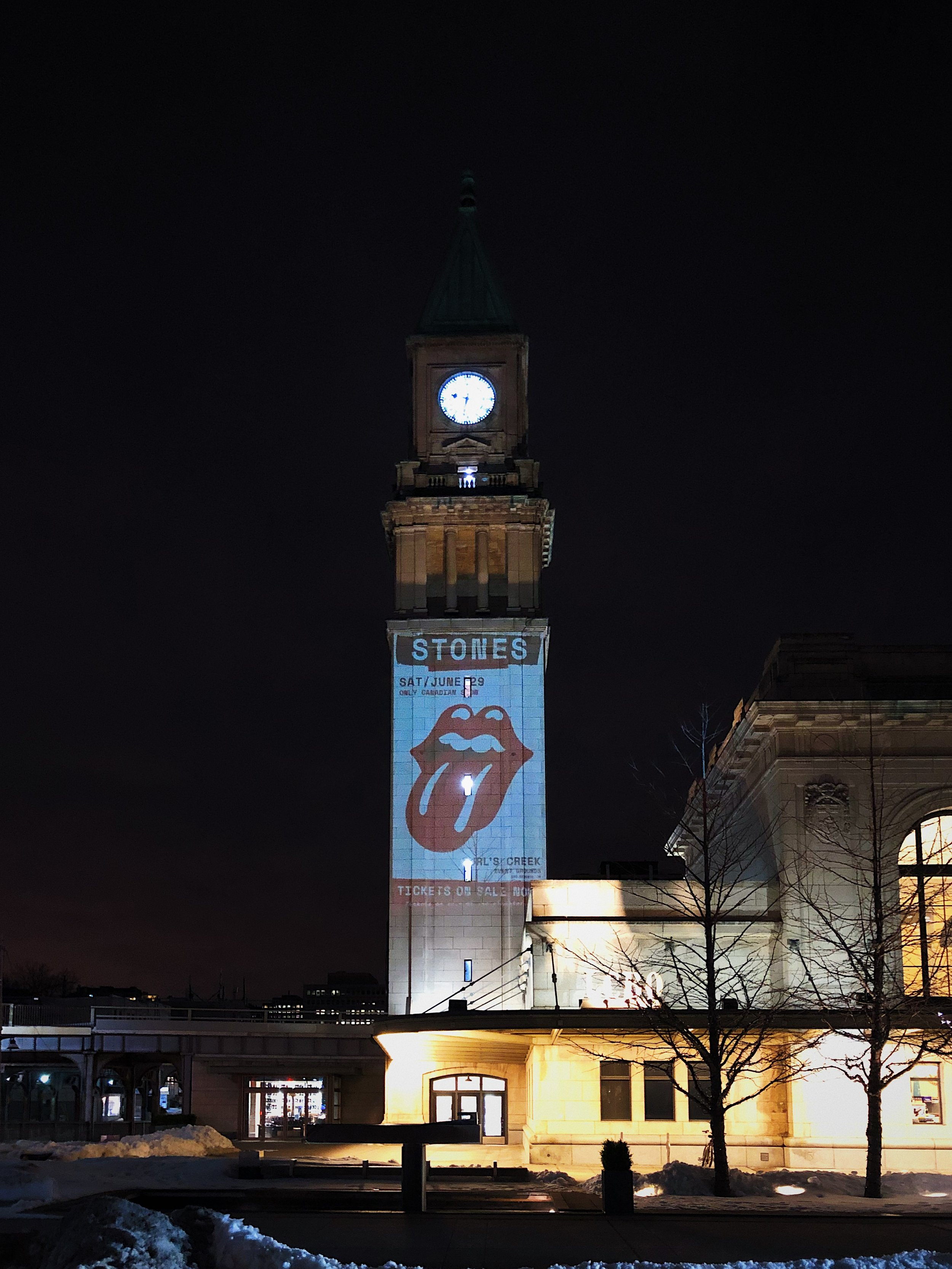 Park Cretive Agency - Projection Mapping - Rolling Stones Toronto - Summerhill.JPG