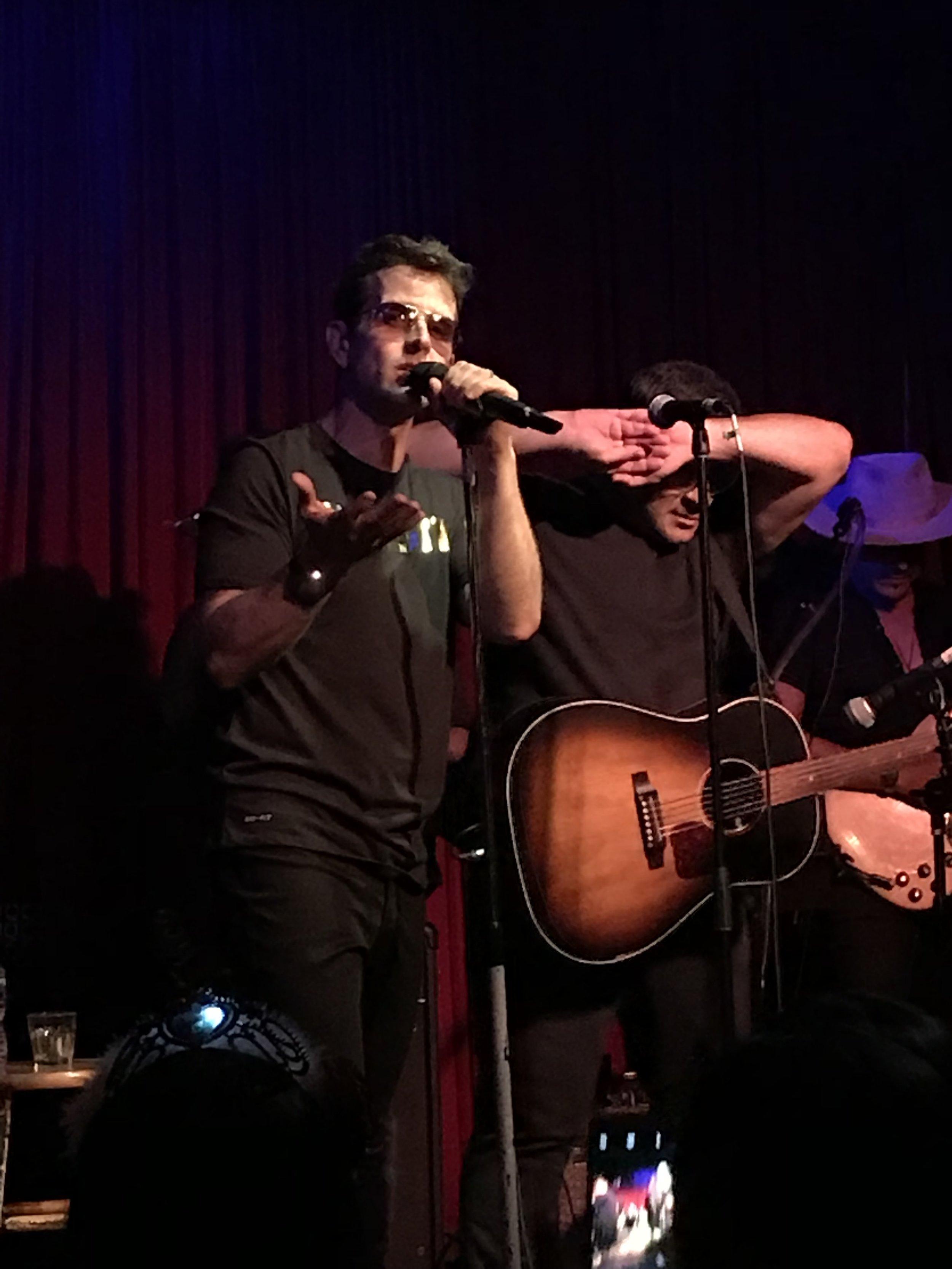 Joey McIntyre - Hollywood Nights (Photo by Mandy)