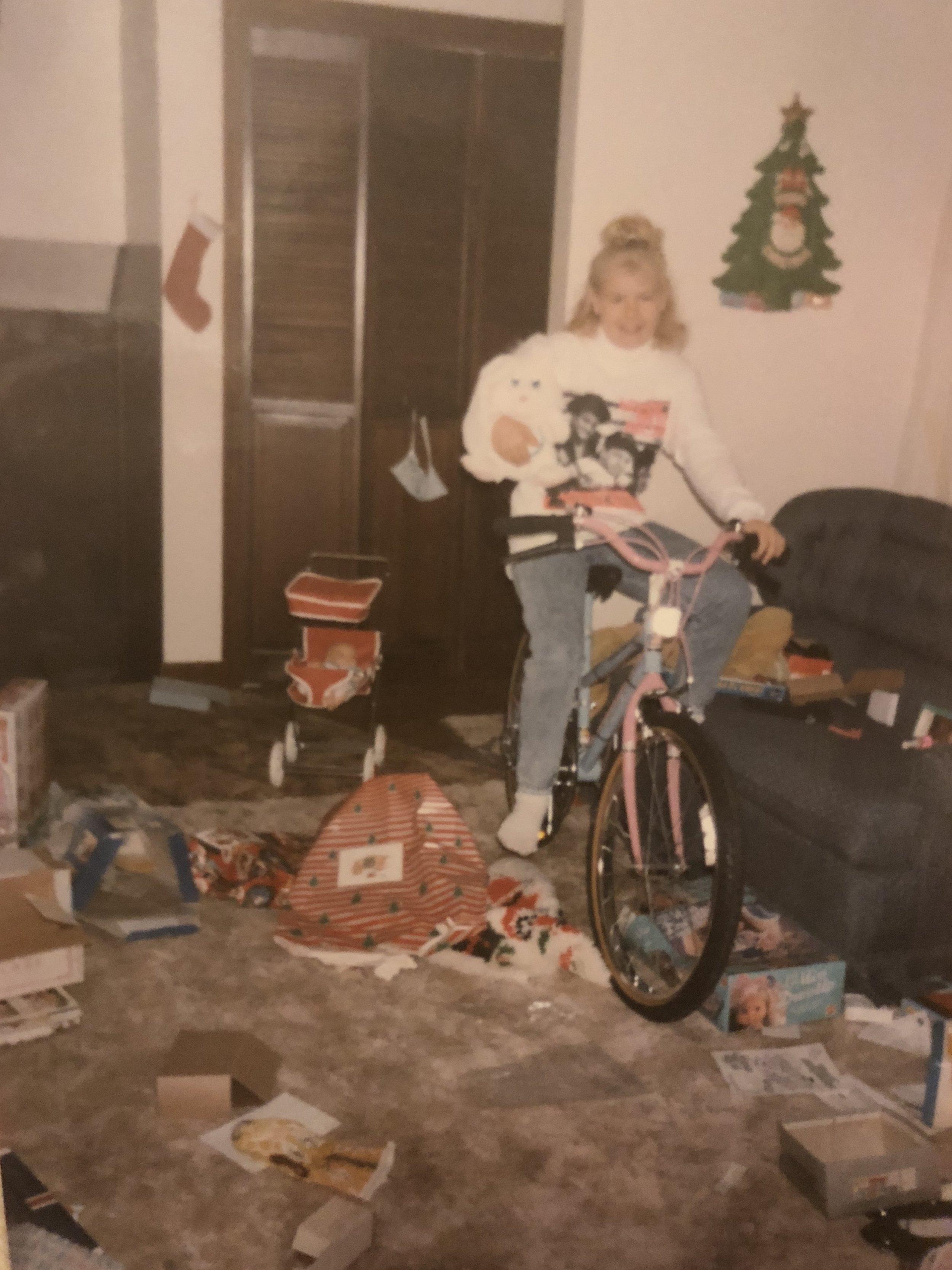 Jenny NKOTB christmas.jpg