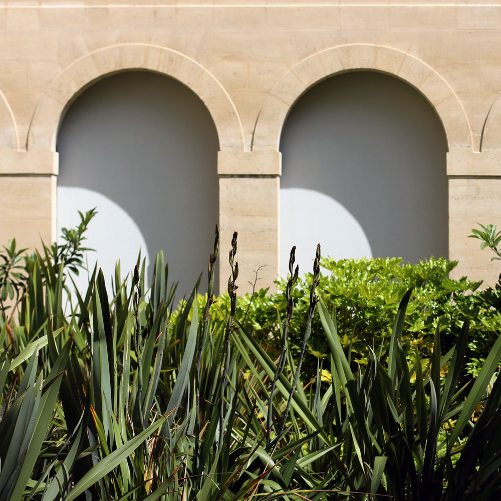sc0000tt-arches.jpg