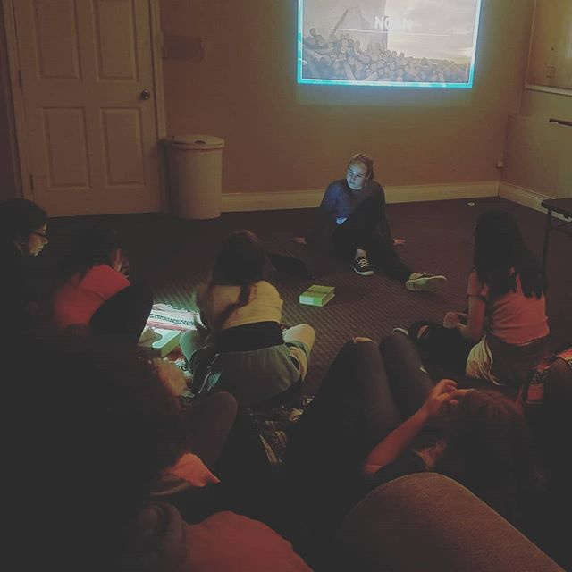 "Our speaker @merisriley31 brought it last night!! ""We have the courage to raft down rapids and jump off cliffs... but do we have the courage to be kind to difficult people or to stand up for someone being bullied?"" PREACH, GIRL!!! 🙌 #studentministry #womeninministry #newhopecov"