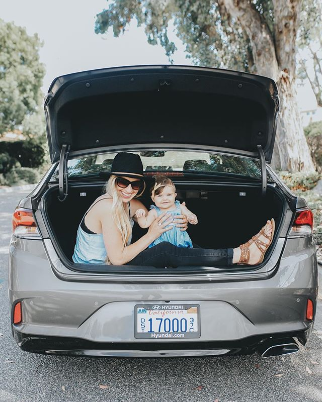 This past week, @HyundaiUSA invited my little family and I to La Jolla and we got to spend a few days with some incredibly talented creatives. I also had never driven a Hyundai before, but was so stoked to drive the #NewSonata around San Diego! Let.me.tell.you. I always thought as a mom I would need an SUV, but this car is so spacious and lovely, as is the trunk (hence why we are sitting in it hahaha), and it was a dream to explore with! Look how happy Lucy is! 😍 #ad