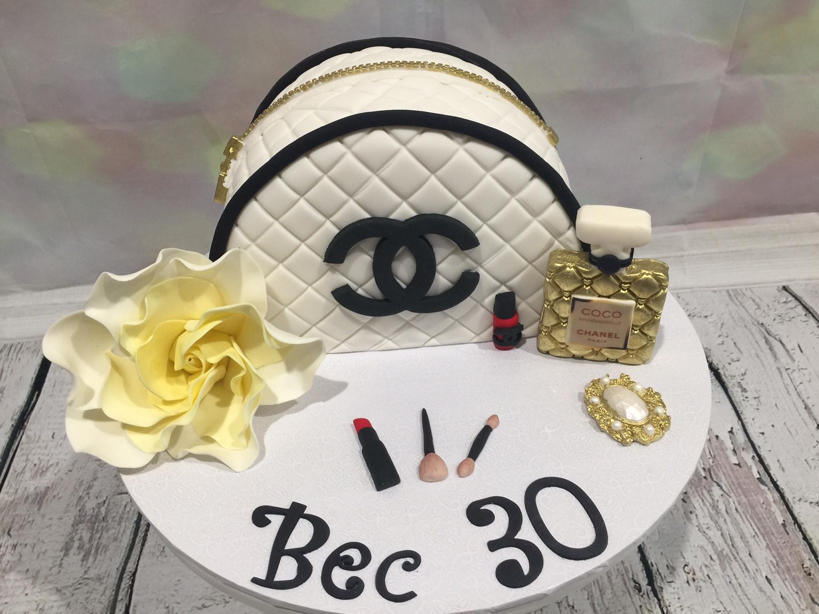 Designer-Maker-Up-Bag-Birthday-Cake.JPG