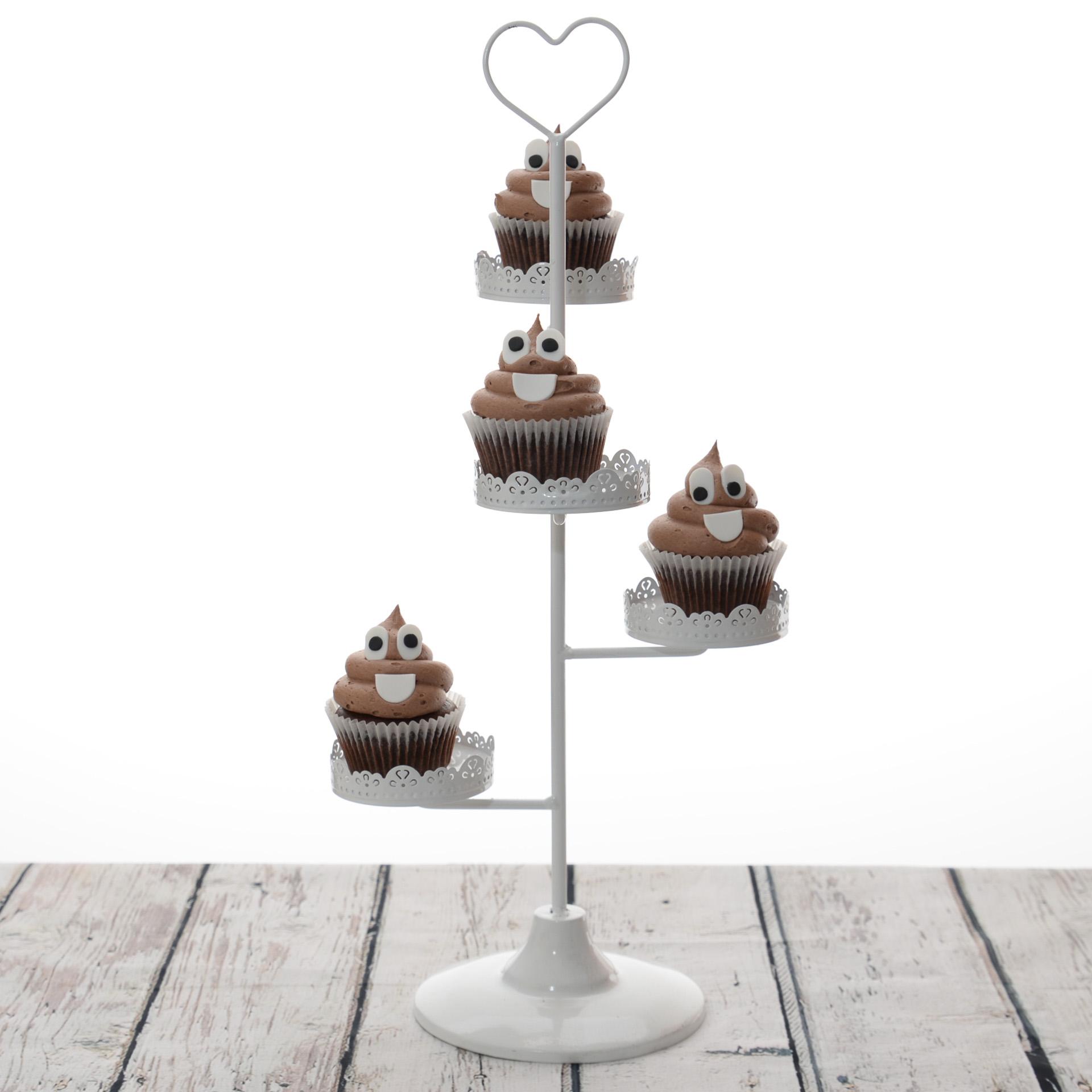 Poop-Emoticon-cupcakes.jpg