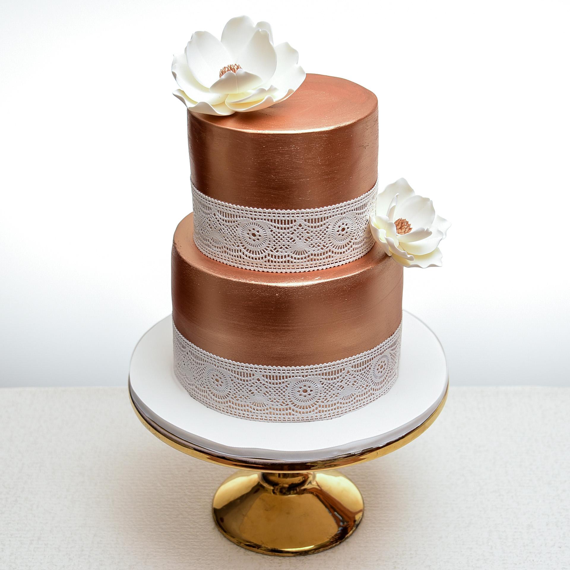 Bronze-and-Lace-Wedding-Cake.jpg
