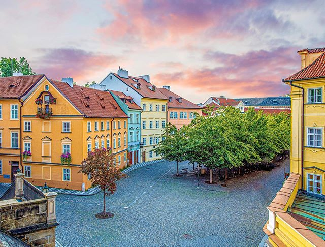 Early morning walk around Prague
