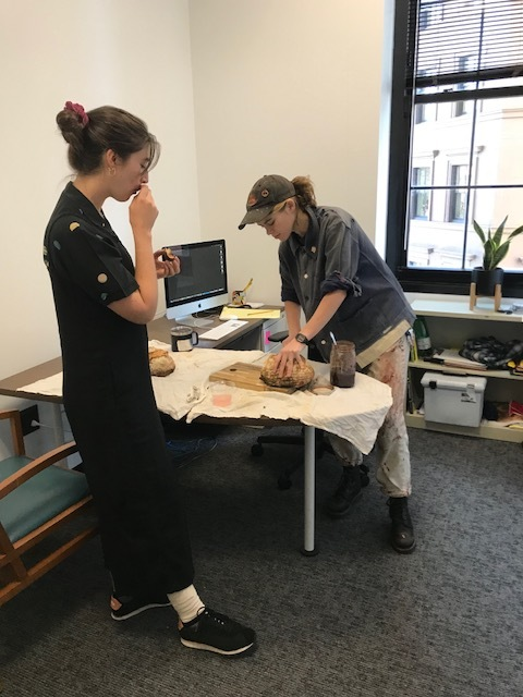 Olive Godlee (Sculpture BFA 2019 and A&L tutor emeritus) was our very first artist-in-residence. Olive shared bread and research conversation.