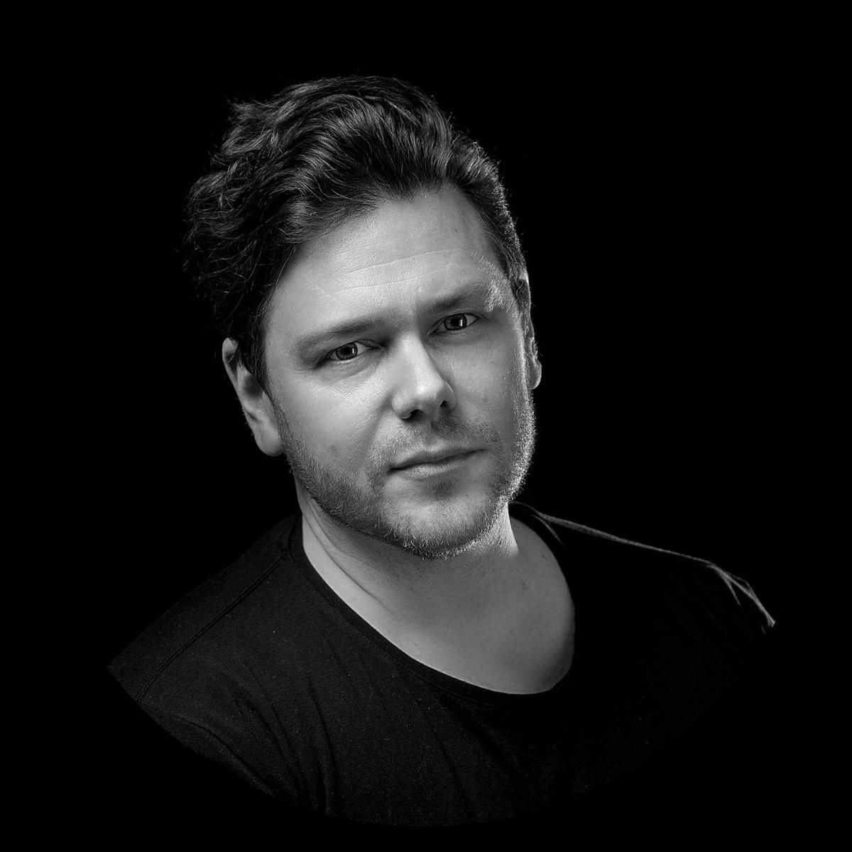 Tuomas-Aarnio_audiobrändäys_äänilogo_musiikki_digijuulia.jpg