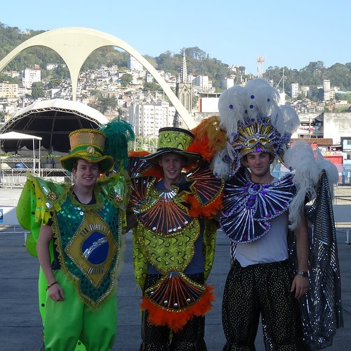 #40: Party on rio's carnival street -