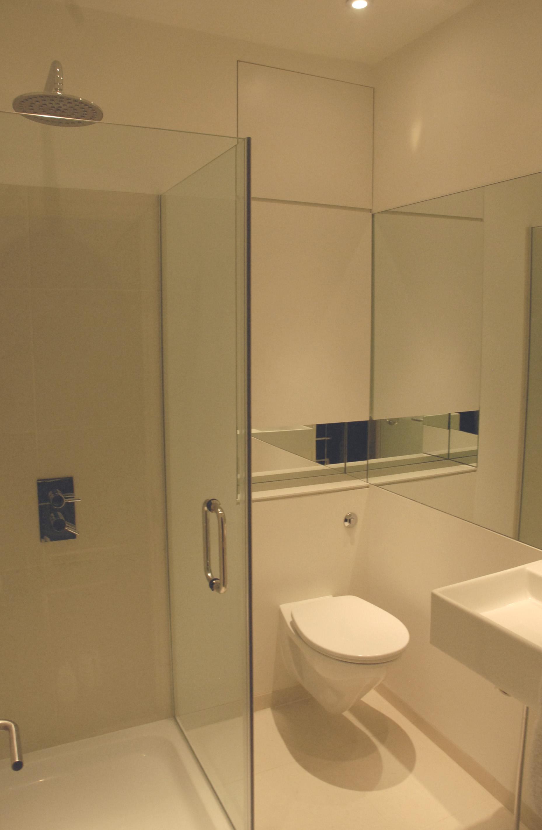 2f bath.jpg