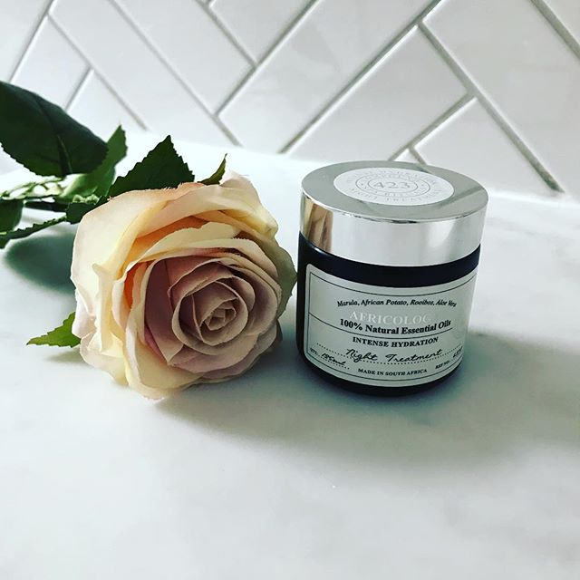 ✨New blog post up, all about this wonderful little gem. ✨  This product has completely changed my skin and I love it! Visit my blog to find out more information. Buy yours from the Africology store and get 15%off ✨  uk.africologyspa.com Code:EMMA01  #emmabeauty #london #facial #skincare #intense #night #cream #dehydrated #dry #skin #routine #wellbeing #natural #africology #rose #flowers #discount #youtime #relax #unwind
