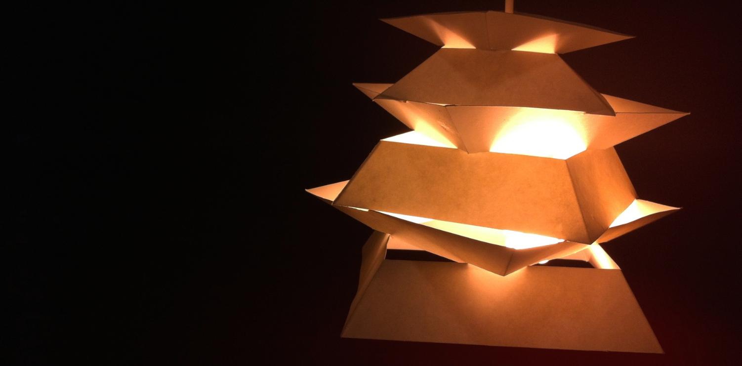 Sutakku:  The Light Fixture