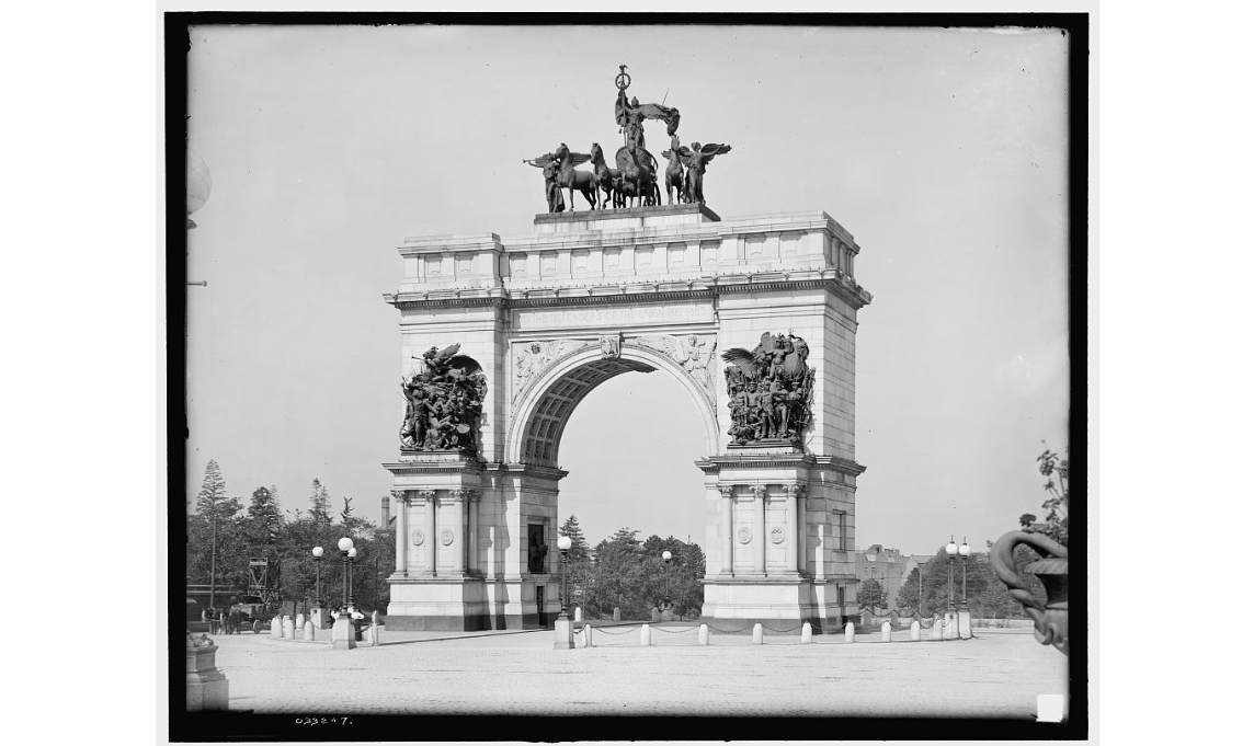 Stanford White et al.  Soldiers' and Sailors' Memorial Arch , Brooklyn, Detroit Publishing Co, Library of Congress Prints and Photographs Division