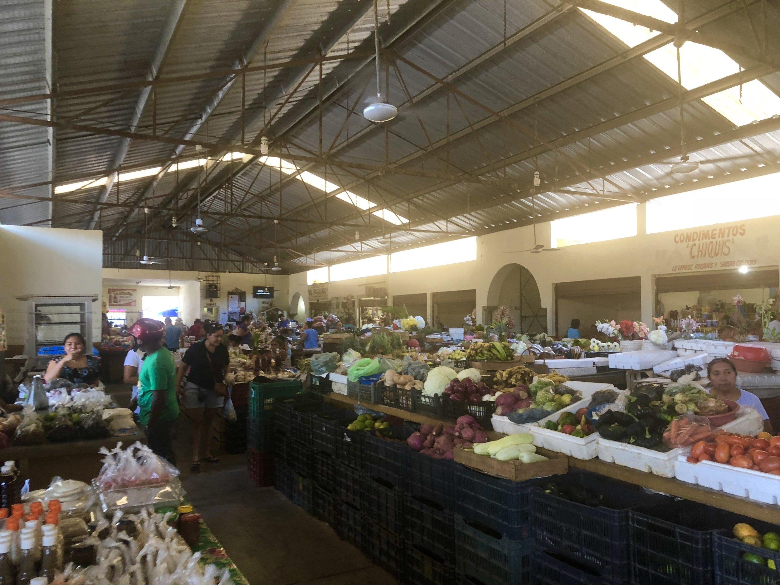So many culinary treasures at the Mercado Municipal!