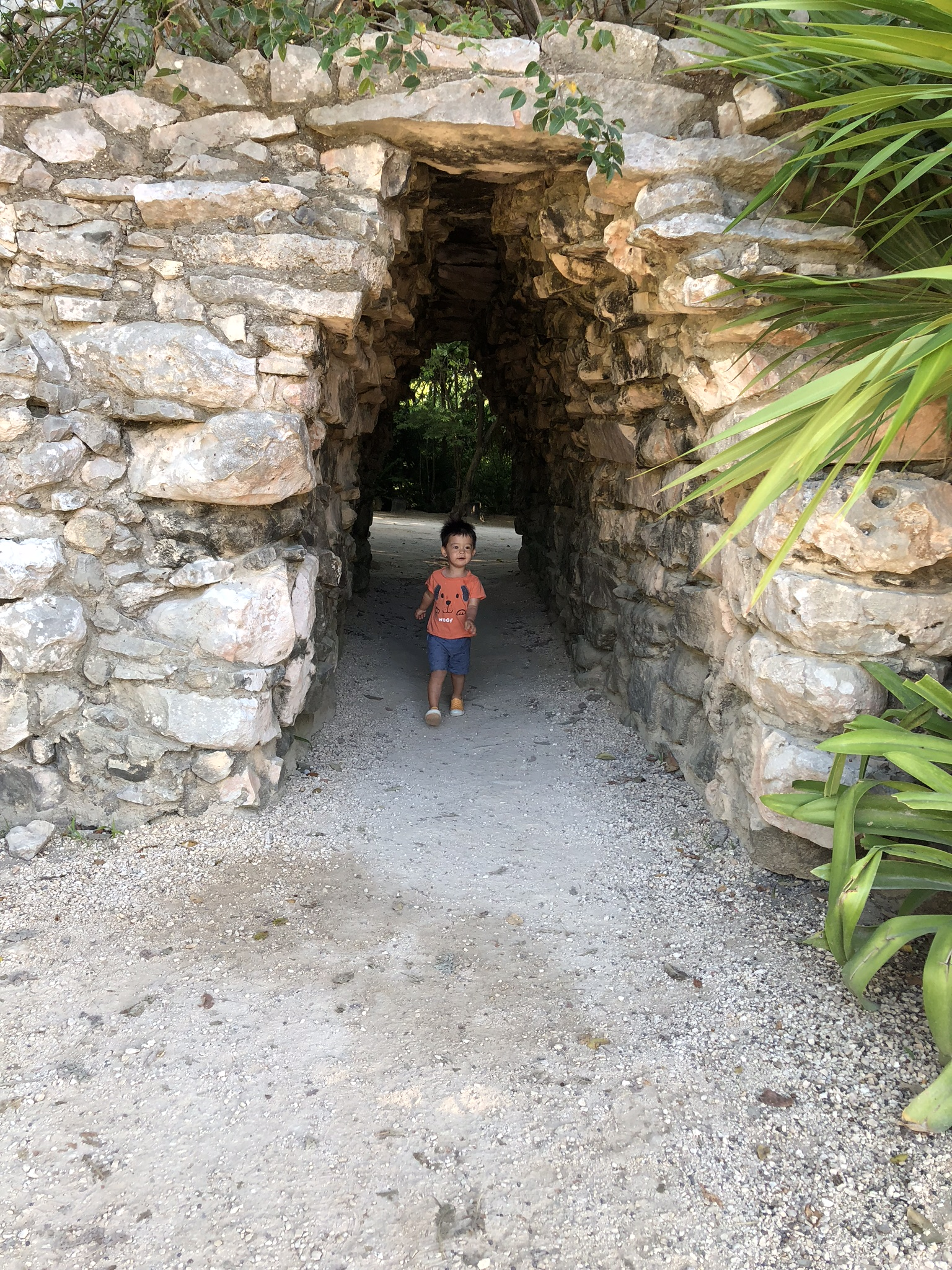 You can't climb on the ruins here, but there are still some fun nooks and crannies for the little ones to explore.