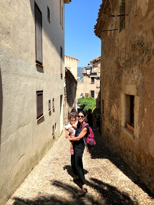 On our way down from the lighthouse we cut over to Villa Vella which is chock full of picturesque cobblestone alleyways.