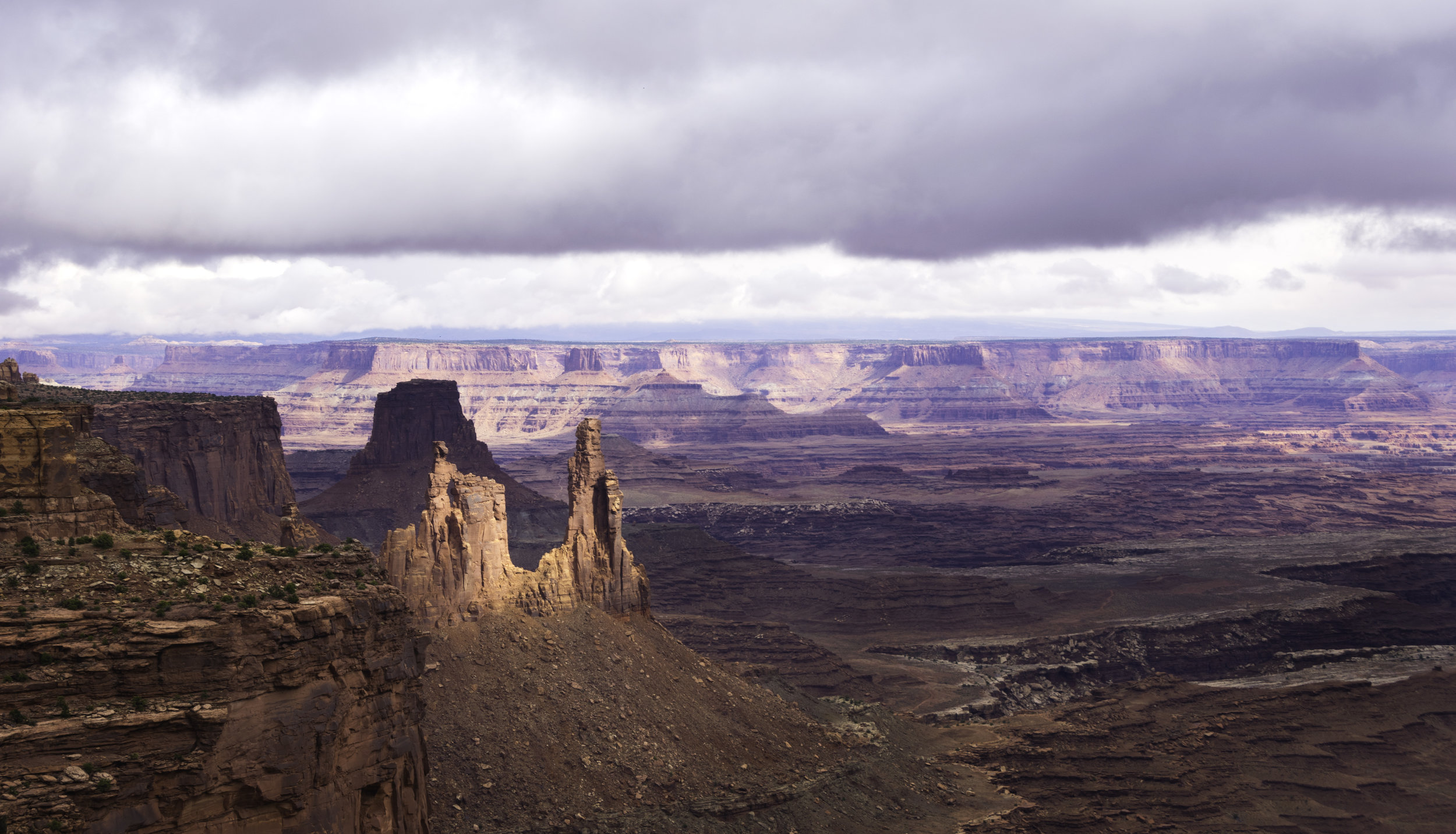 Canyonlands Vista.jpg