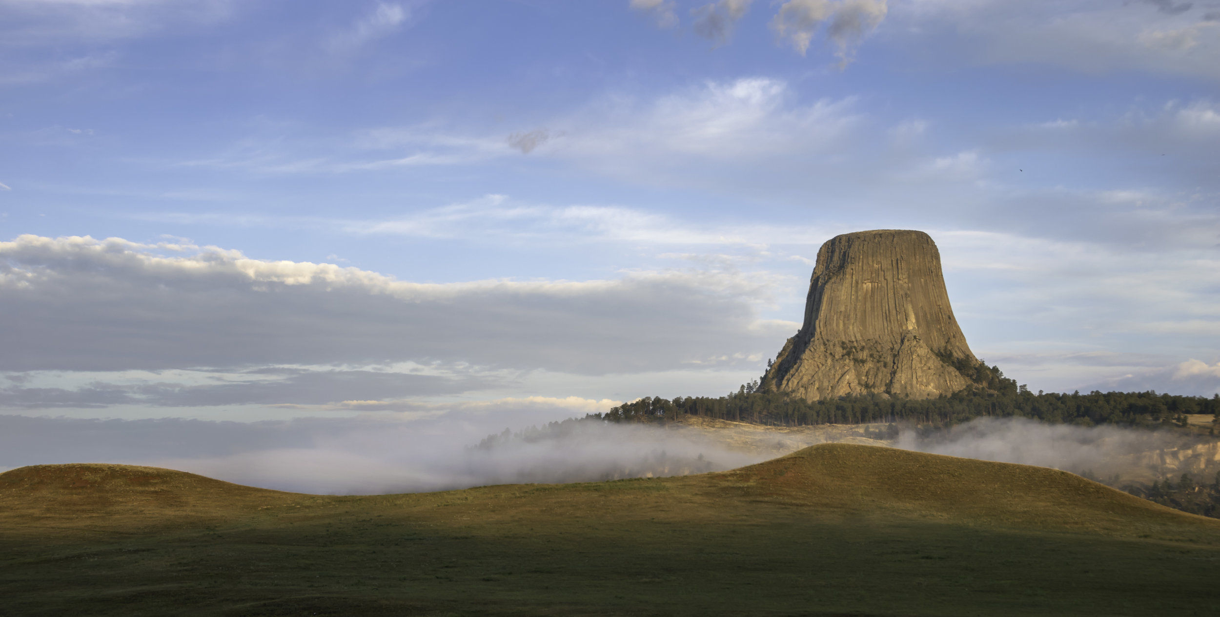 Devils Tower Sunrise.jpg