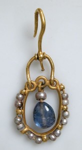 6th–7th century, Byzantine. Gold, sapphire, pearl.