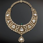 Necklace (kanthi), circa 1850-75, made of gold set with diamonds and emerald