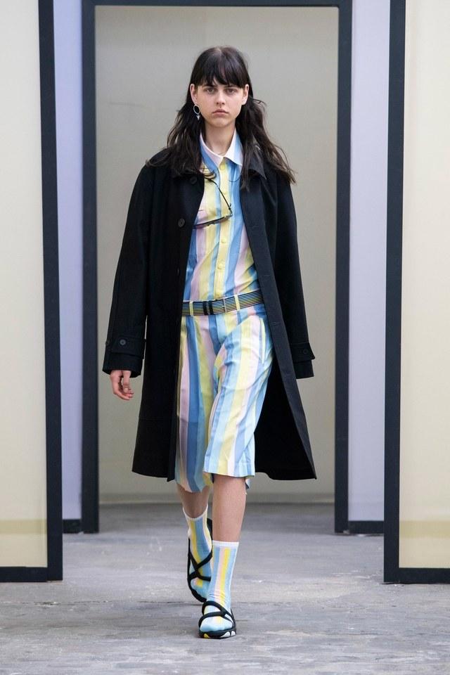 00002-Maison-Kitsune-RTW-Spring-2020-credit-Shoji-Fujii.jpg
