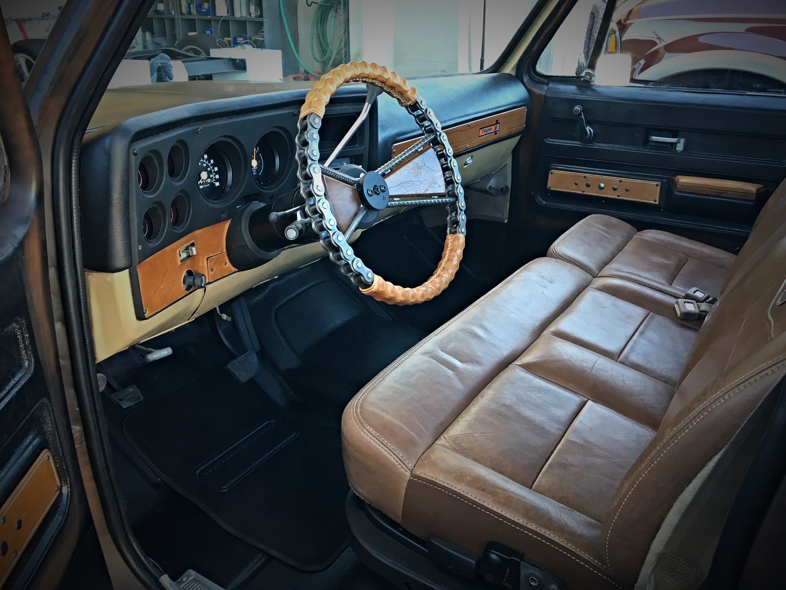 Tim McClellan Custom Steering Wheel.JPG