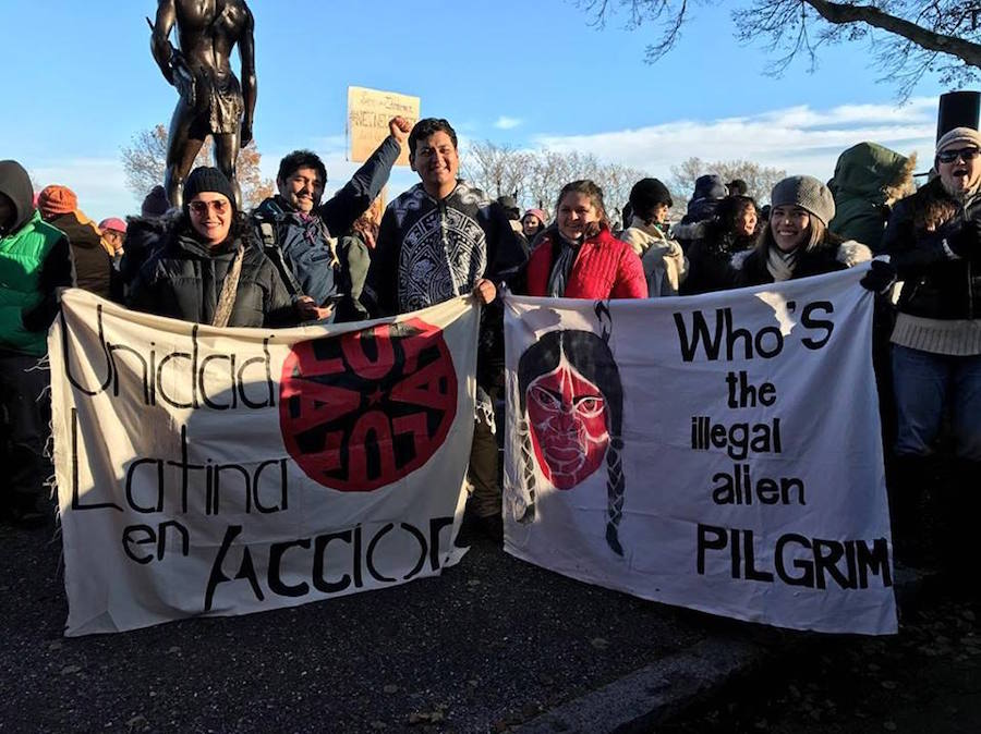 Lugo (fist raised) and Jesus Morales-Sanchez at a ULA protest right before Thanksgiving last month.  ULA Photo.
