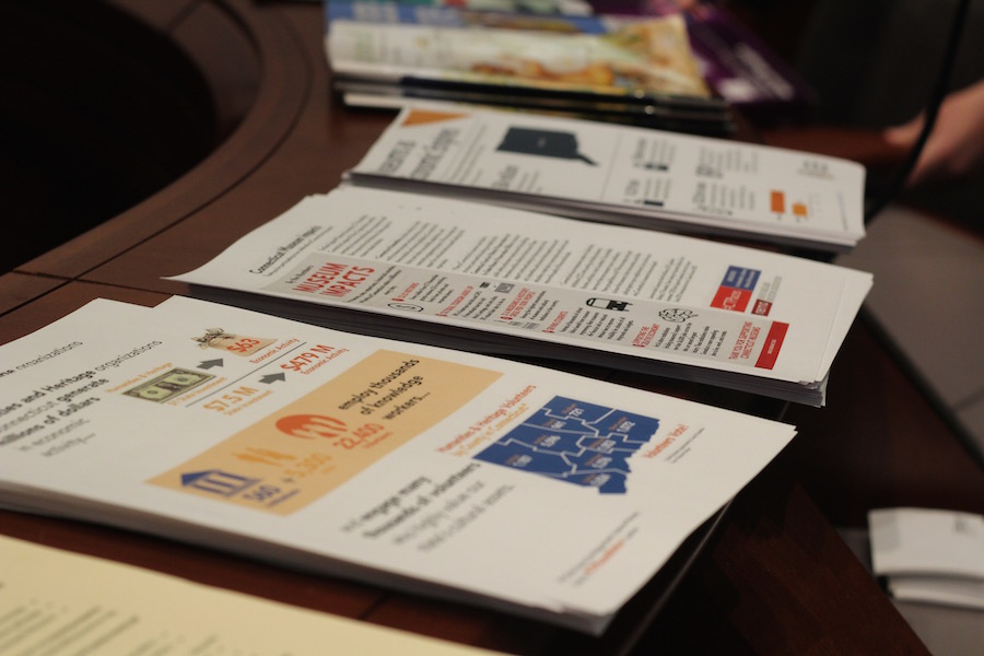 "AAM ""cheat sheets"" with facts and figures that attendees were encouraged to grab on their way to speak with legislators."