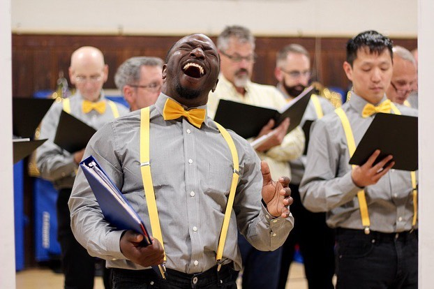Thanks to the CT Gay Men's Chorus for giving us so much joy this week. Catch them in our latest at newhavenarts.org! 📸 @lsg890