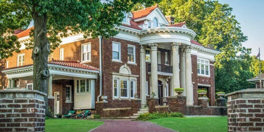 gufler mansion