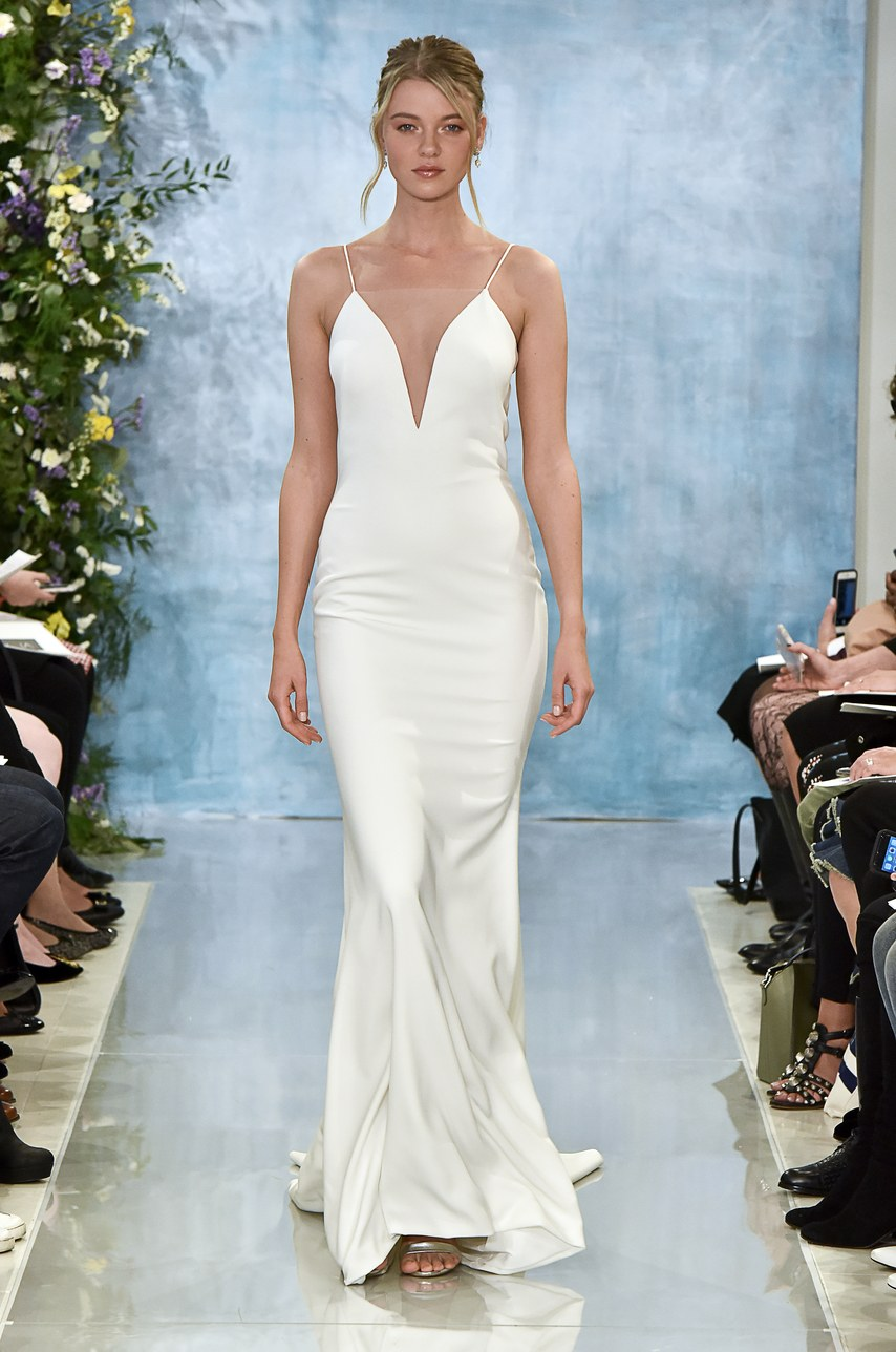 - I love a chic gown for this venue. There is texture through the venue so the contrast of a sleek gown would be so beautiful. The spaghetti strap is very current especially when paired with an open back. I'm always a fan of effortless glamour!