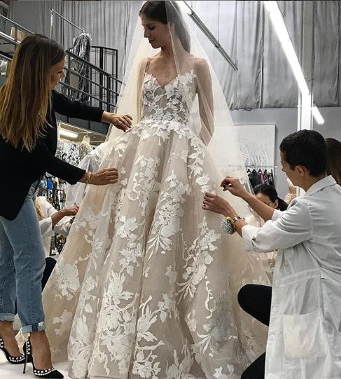 Monique lhuillier ball gown lace ball gown winter park designer bridal
