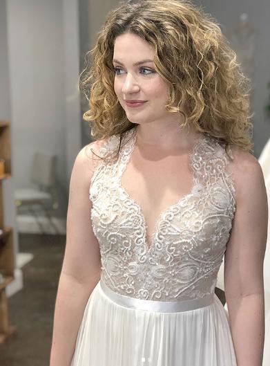 white gown ivory wedding dress
