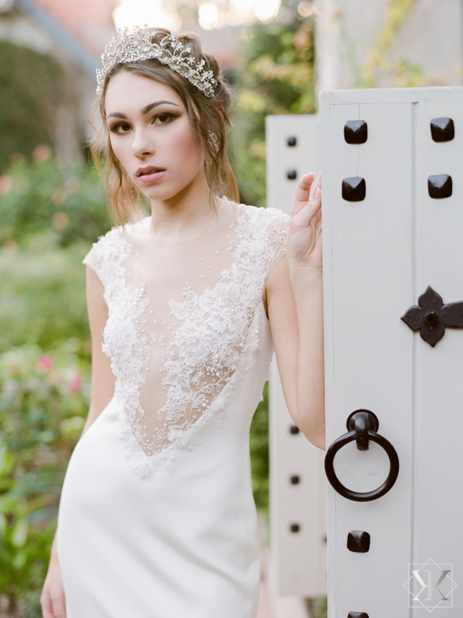 ines di santo gown outside wedding orlando wedding venue kristen weaver makeover station