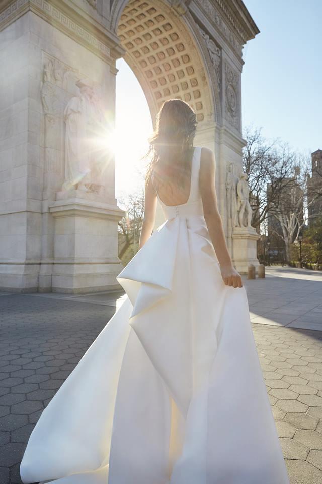 monique lhuillier clean classic wedding gown new york designer