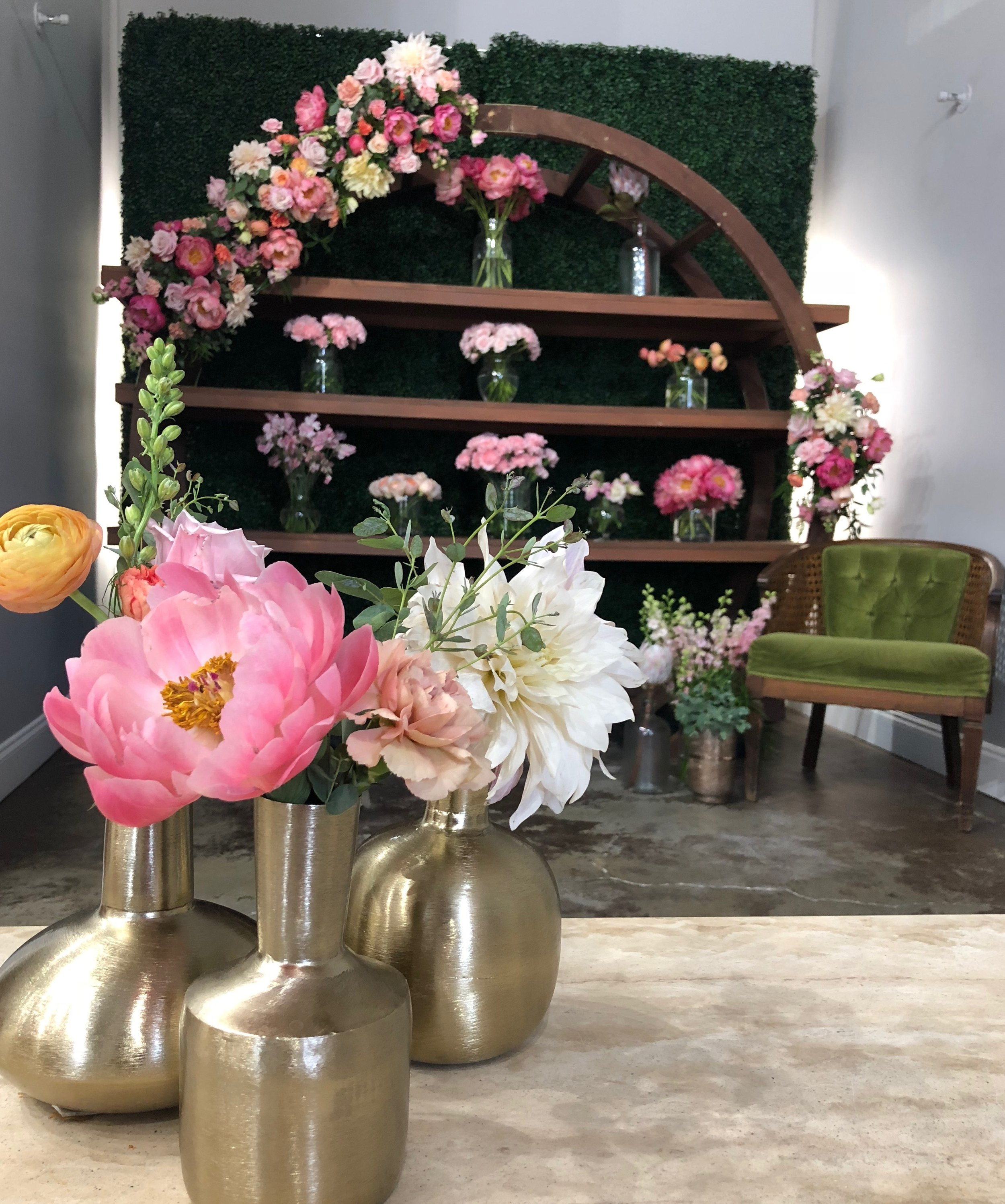 central florida wedding florist gather and grace peach and pink floral