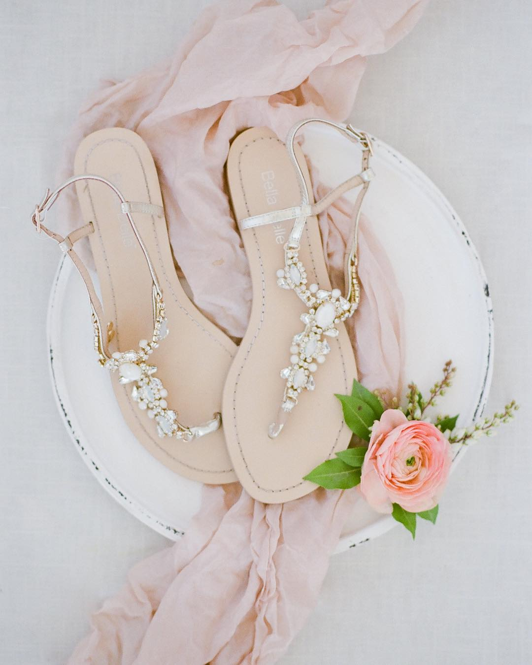 beach wedding shoes bridal flip flops