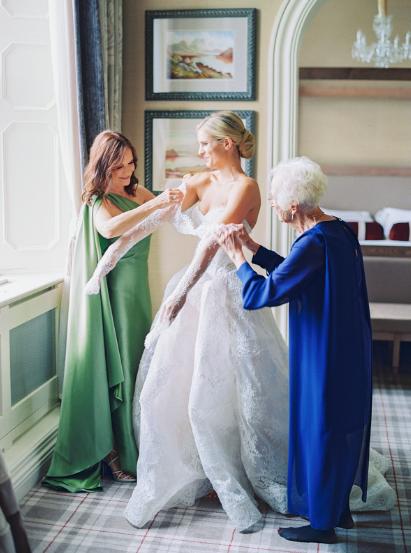 getting ready at Dromoland Castle in ireland for luxury garden wedding