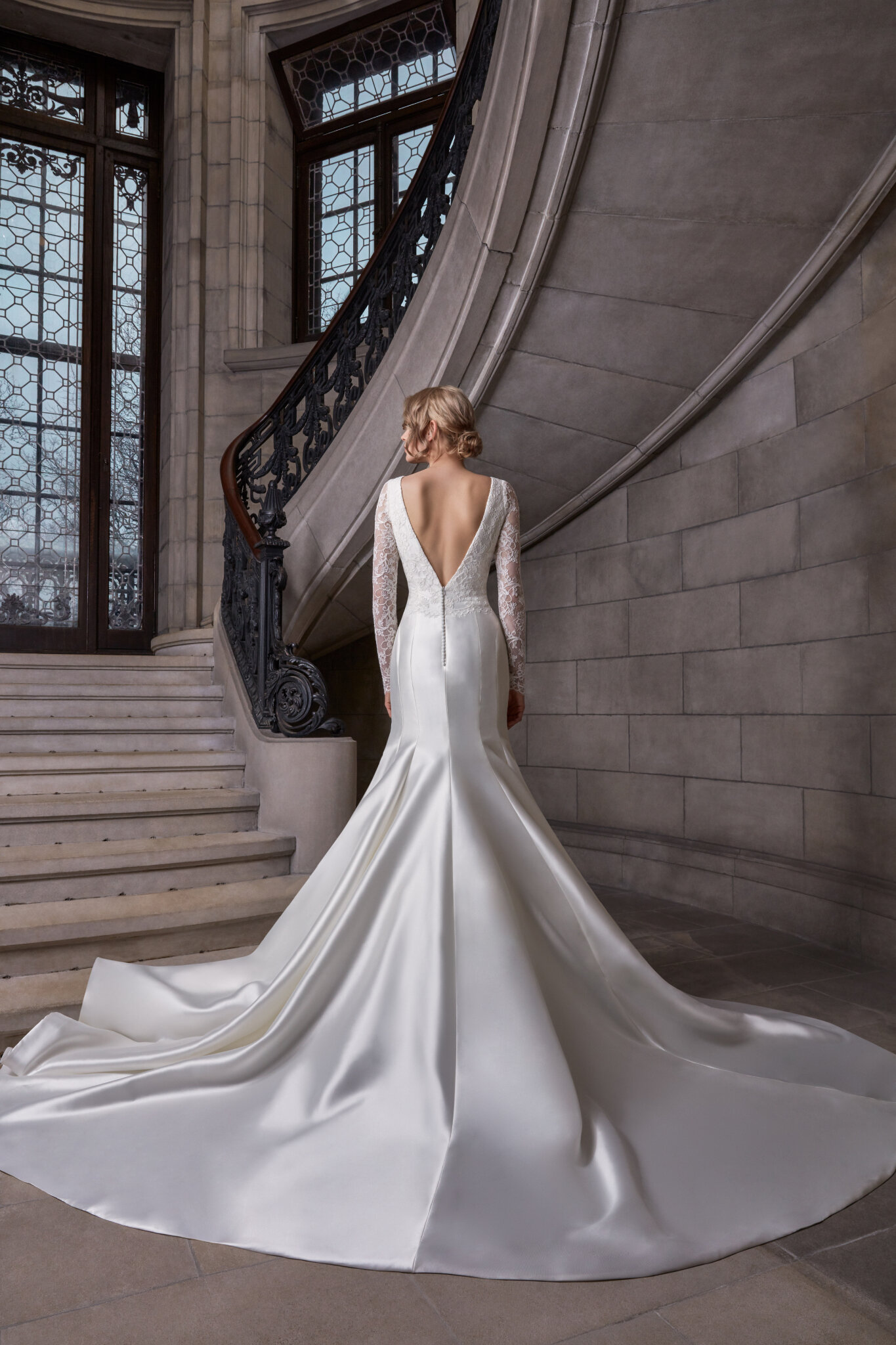 Our Top 10 Mermaid Wedding Dresses With Sleeves