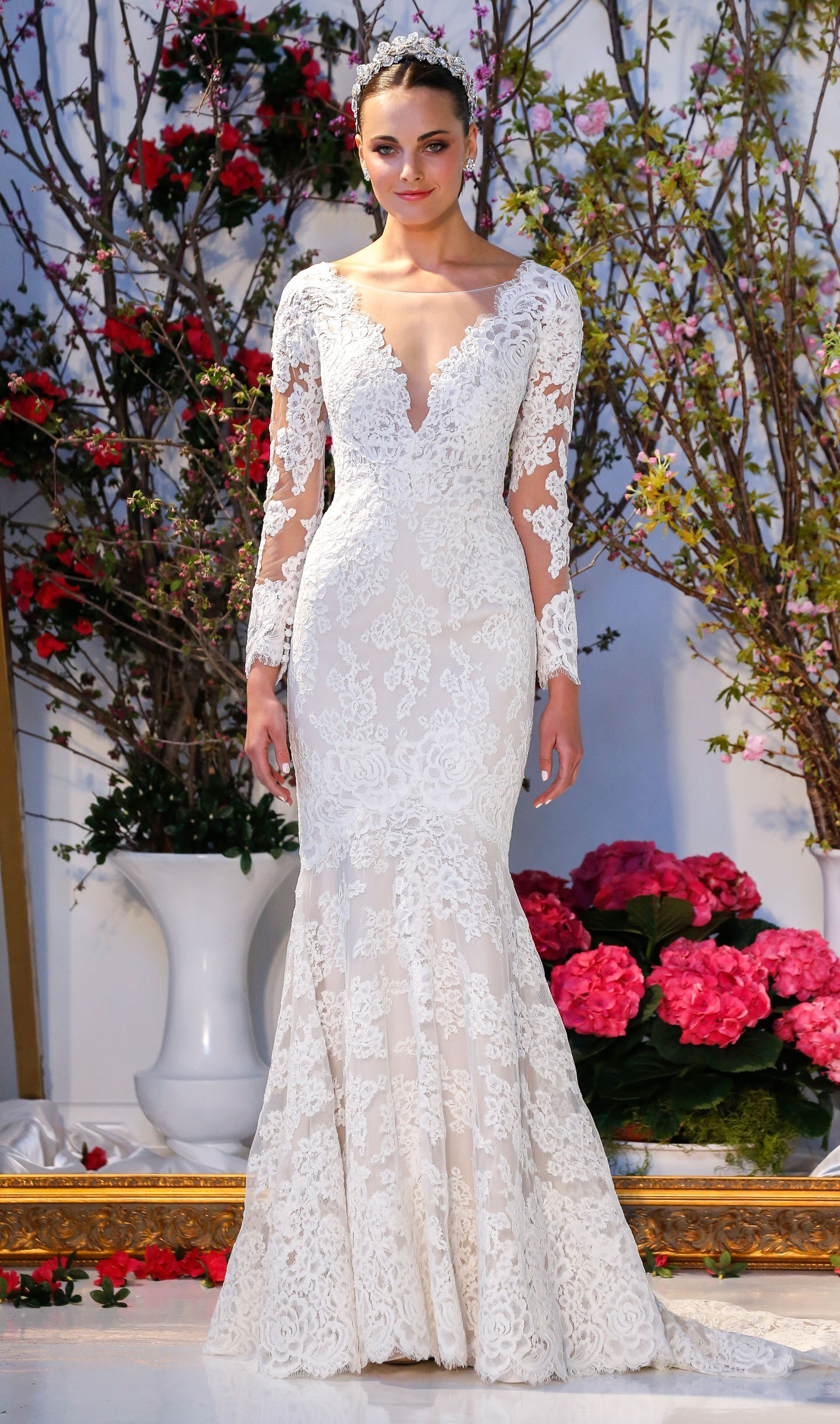 wedding dresses with sleeves,