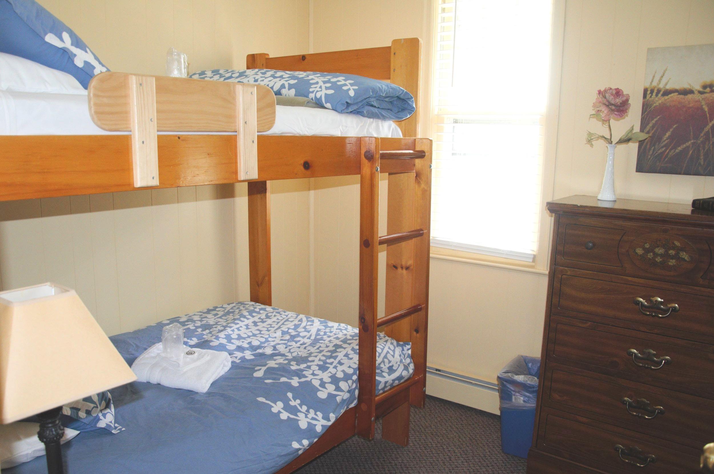 Lodge- Bedroom 1.jpg