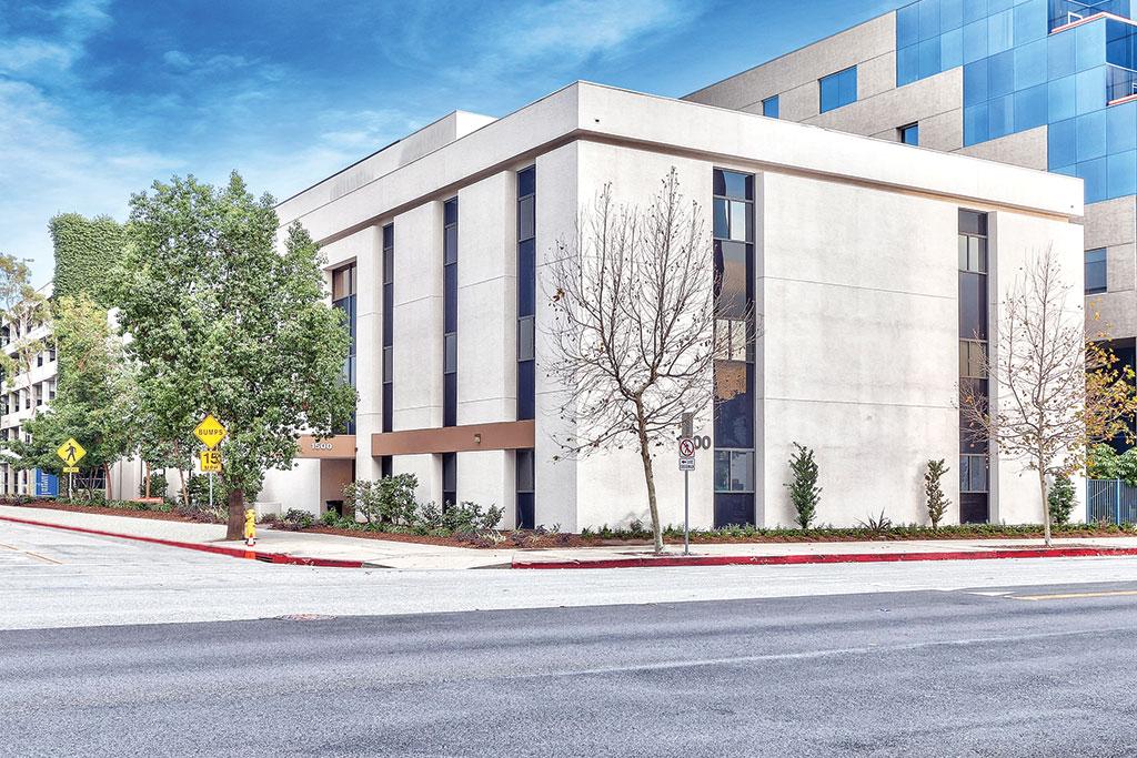 01_Glendale-Memorial-Medical-Building_web.jpg