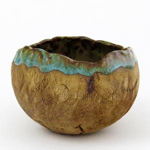 MazAmar Art Pottery