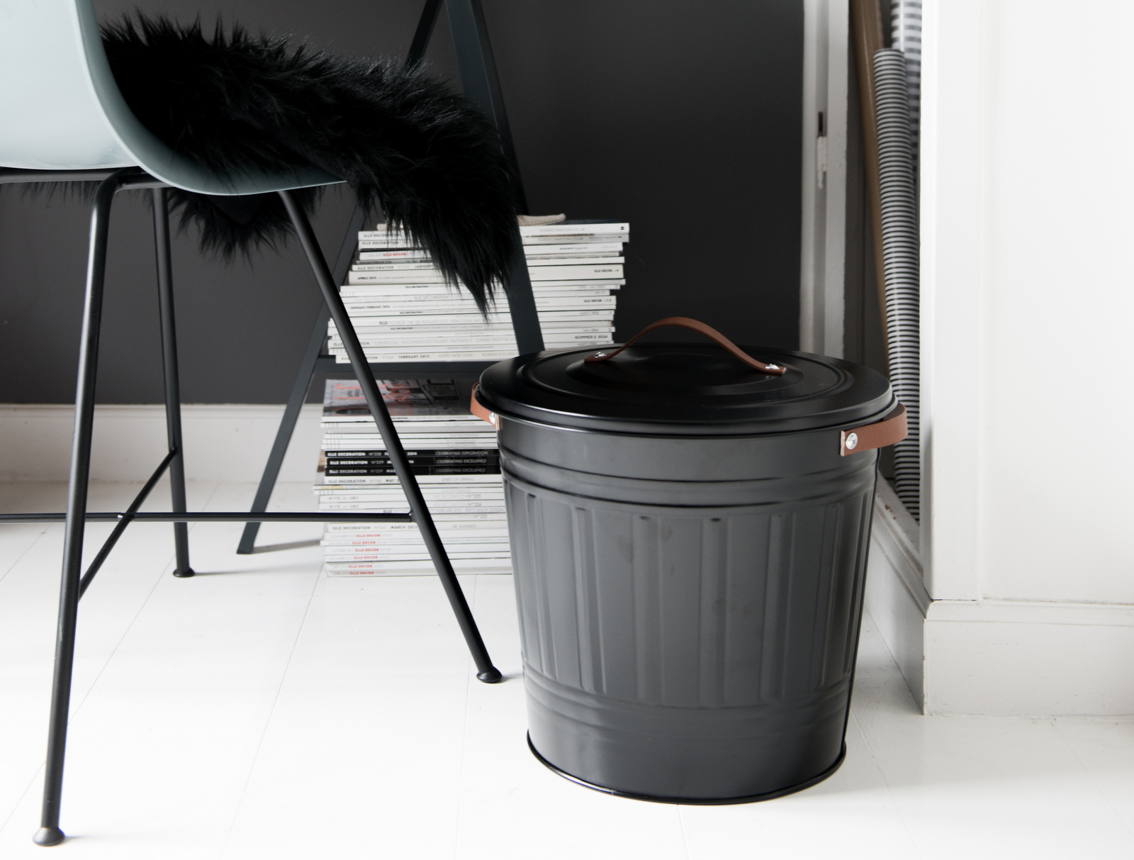 Valentina-Fussell-DIY-Leather-Handle-Trashcan-002.jpg