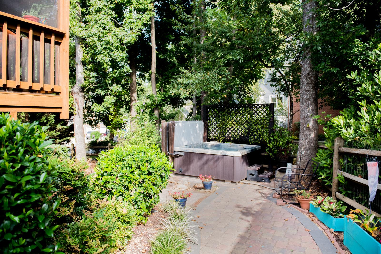 555 Oak Alley | House of Valentina-14.jpg