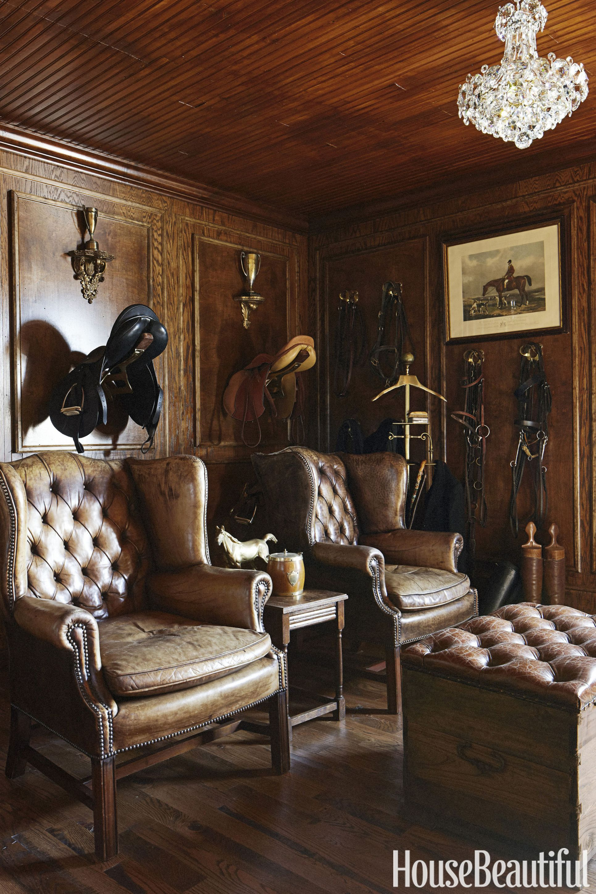 annie-brahler-smith-leather-wing-chairs-0617.jpg