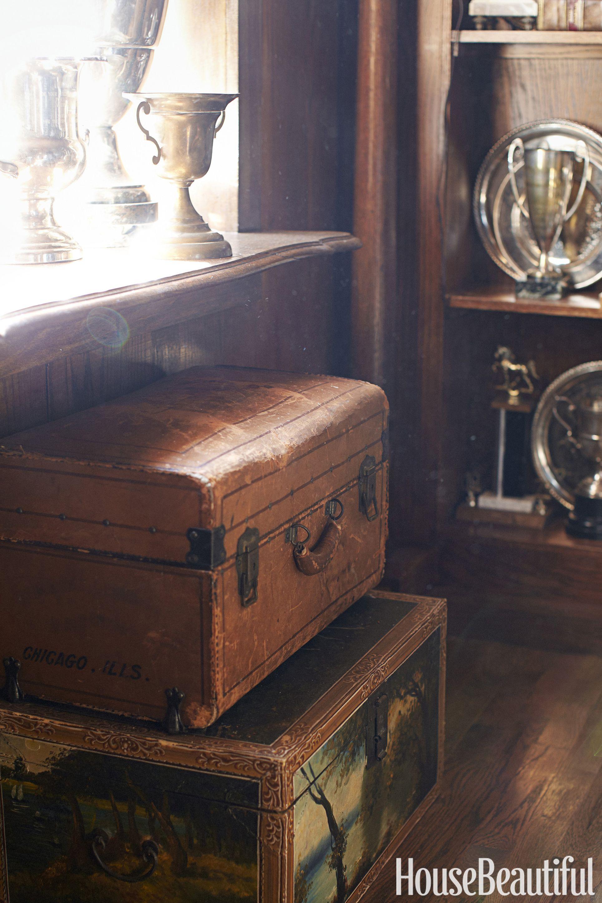 annie-brahler-smith-travel-trunks-0617.jpg
