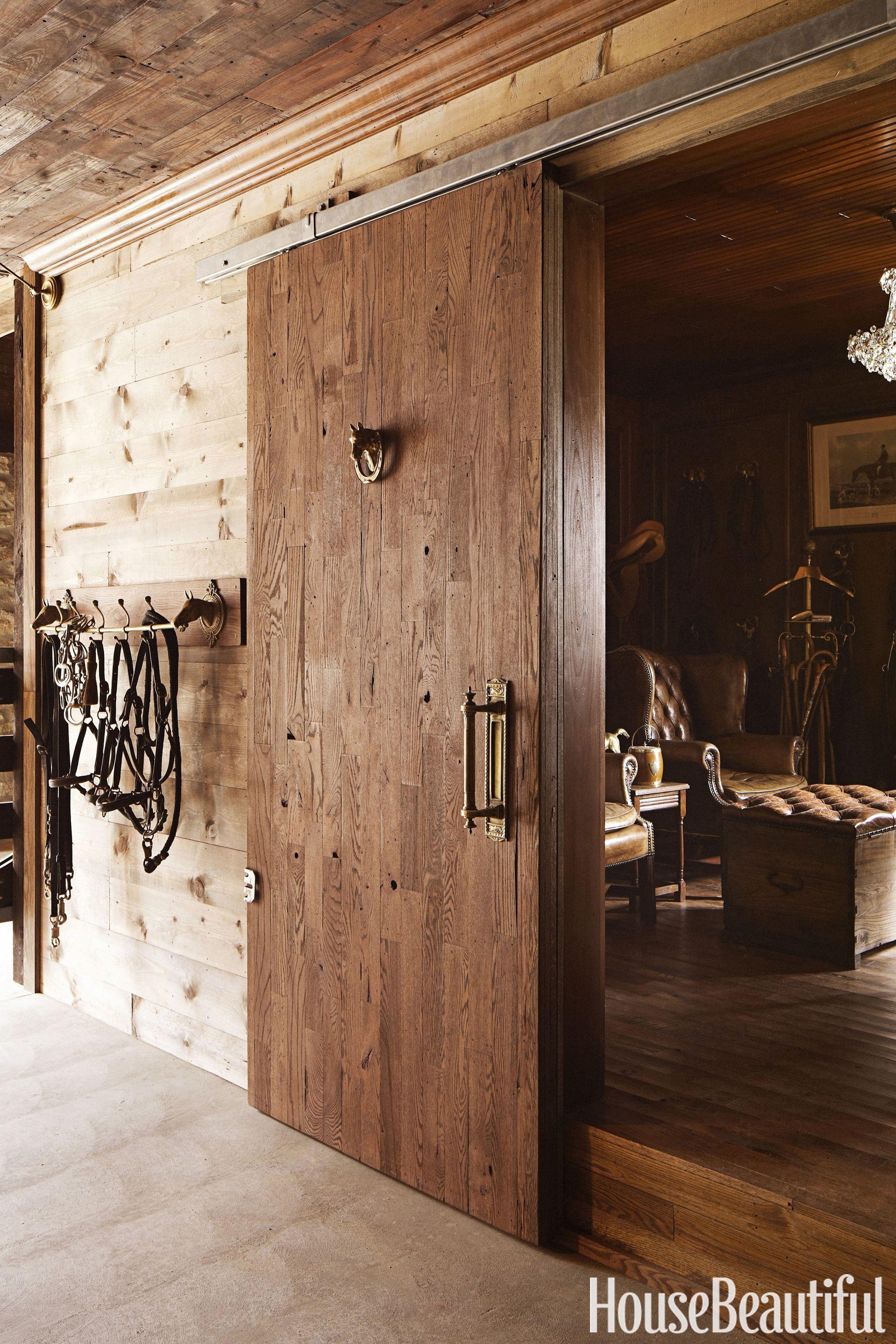 annie-brahler-smith-tack-room-door-0617.jpg